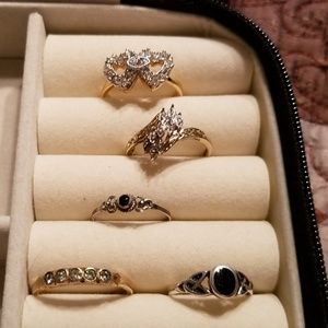 Bundle of 5 Gold Rings